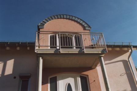 Gelander Edelstahlgelander An Einem Erker Im Dachgeschoss