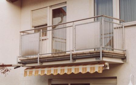 gel nder gel nder verzinkt als balkongel nder mit. Black Bedroom Furniture Sets. Home Design Ideas