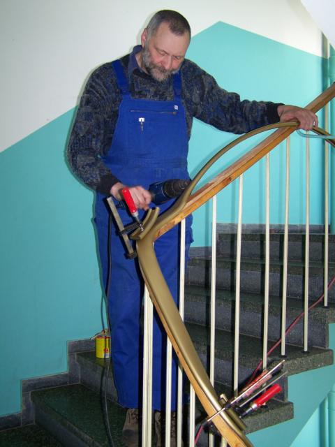 montage kunststoffhandlauf renovierung vom treppenhandlauf. Black Bedroom Furniture Sets. Home Design Ideas